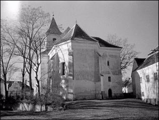 kostel Hroby