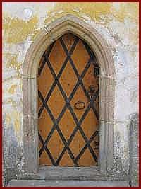 kostel Hroby detail