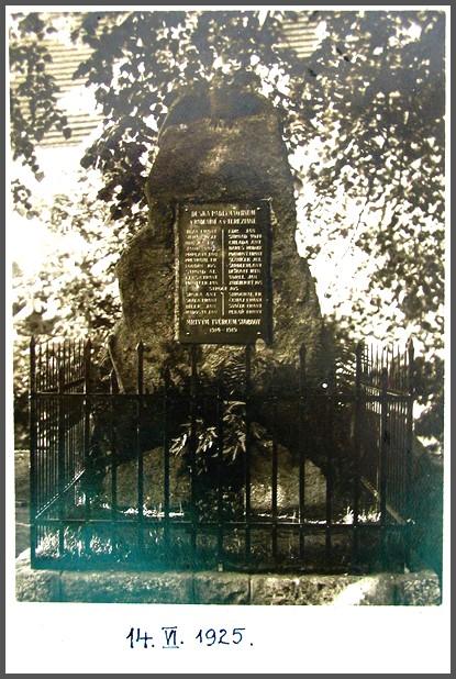 pomník Radenín
